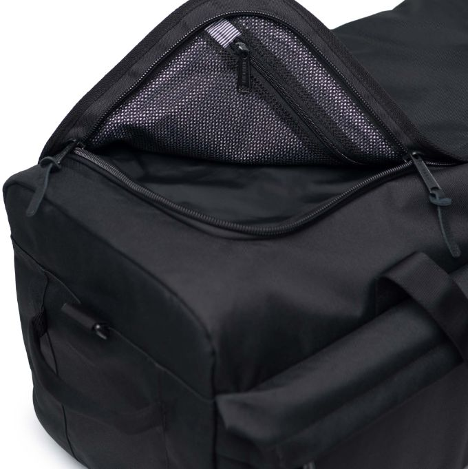 700ec35d018 Outfitter Luggage
